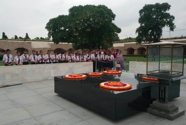 Visit to Rajghat- Students of class 10 visited Rajghat on 27/09/2019 as a part of experiential learning.